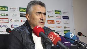 Mehmet Altıparmak: Belki biz de yanlış yapıyoruz