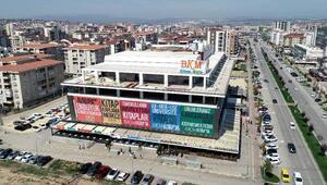 5 bin metrekare alan ve 5 milyon kitapla Avrupanın en büyük kitabevi Bursada