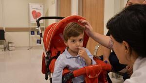 3 yaşındaki Mehmete annesinin ciğeri hayat verdi