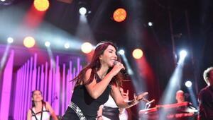 Çanda Hande Yener konseri