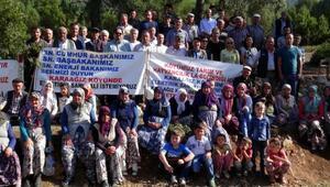Çevreci mahalleliden destekçilerine kavurma ve gözleme ikramı