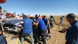 Niğdede otomobiller çarpıştı: 1 ölü, 4 yaralı