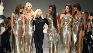 Moda devi Versace satılıyor Satın alacak firma belli oldu