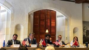 New Yorktaki panelde Türkiyenin politikası konuşuldu