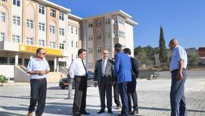 Vali Demirtaş TOBB Mesleki ve Teknik Anadolu Lisesinde incelemelerde bulundu