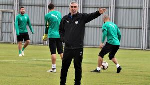 """Samet Aybaba: """"Ligin en iyi futbol oynayan takımıyız"""""""