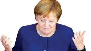 Merkelin sağ kolu seçimi kaybetti