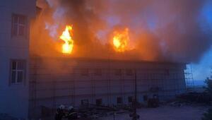 Kız öğrenci yurdunda yangın; 10 öğrenci dumandan etkilendi