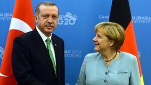 Erdoğandan Merkele 69 kişilik terör listesi