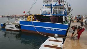 Egeli balıkçılardan tropik fırtına önlemi.. Pazar günü denize açılmama kararı aldılar