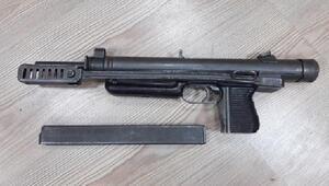 Çorumda terör örgütlerinin eylemlerde kullandığı otomatik tabanca ele geçirildi