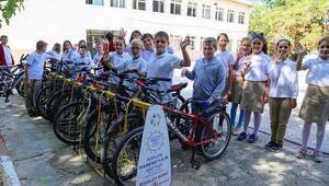 Ahmetbeyde çocuklara bisiklet parkı