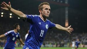 Bosna Hersekli dört futbolcuya milli davet