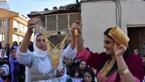Jirki aşiretinin lideri, düğünlerde havaya silah sıkılmasını yasakladı