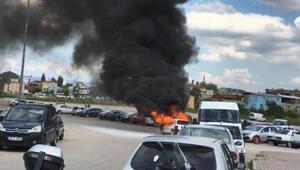 Bursada LPGli araç alev alev yandı