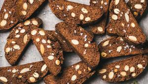 Çikolatalı Bademli Biscotti Tarifi