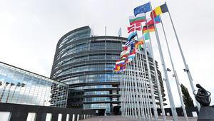 AP 'iyileşme yok' dedi 70 milyon Euro kesti