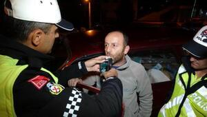 4üncü kez alkolden yakalanan sürücü: Psikiyatriye götürün