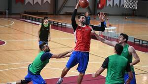 (ÖZEL) TOFAŞlı Jeff Withey: Türkiyede basketbol NBAden daha sert oynanıyor