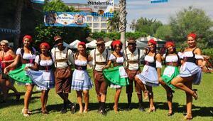 Turistler Oktoberfesti kutladı