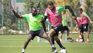 Atiker Konyasporda Beşiktaş maçı hazırlıkları sürüyor