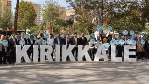 Kırıkkalede sağlıkçılar kent parkında yürüdü