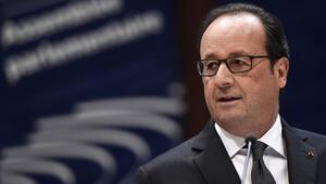 Hollande: Cumhurbaşkanı yürütmenin başındaki tek yetkili olmalı