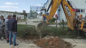 Dereye atık bıraktığı öne sürülen tesiste kazı çalışması