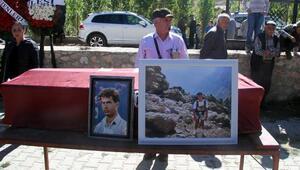 Alplerde 26 yıl sonra cesedi bulunan Türk dağcı, Kayseride toprağa verildi