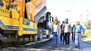 Sarıçam Belediyesi, asfalt yapım çalışmalarında hız kesmiyor
