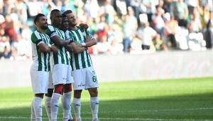 Bursasporun golü ilkleri gerçekleştirdi