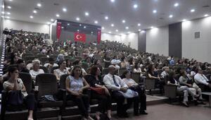 Prof. Dr. Turfandan emziren annelere parfüm uyarısı