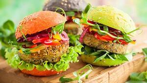 Vejetaryen ve vegan beslenenler için çorbadan tatlıya kolay ve besleyici tarifler