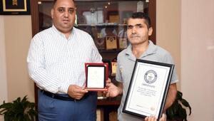 Başkan Can, rekortmen personeli ödüllendirdi