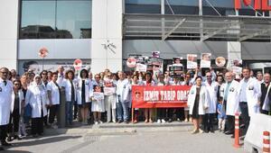 İzmirde hekimlerden şiddete karşı eylem
