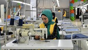 Vana 7 milyon lira yatırımla gömlek fabrikası açıldı