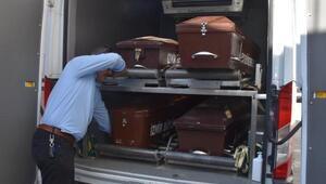 Karaburunda kaçak teknesi battı: 8 ölü, 26 kayıp (5)