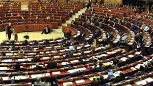 AKPMnin İslamofobi raporuna tepki