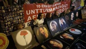 Ankaradaki patlamalarda hayatını kaybedenler anıldı