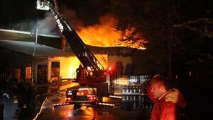 Boluda su dolum fabrikası alev alev yandı