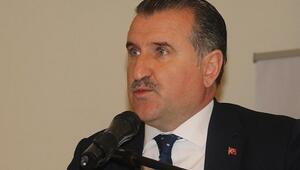 Osman Aşkın Bak: Gençler iyi mücadele ediyor