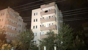 Bursada 5 katlı apartman, yıkılma tehlikesine karşı tahliye edildi (2)