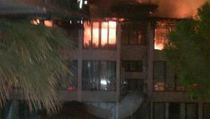 Oteldeki yangın büyümeden söndürüldü