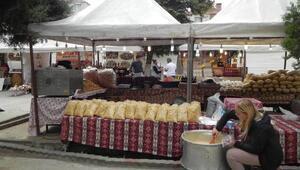 Lüleburgazda yöresel ürünler pazarı açıldı