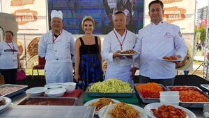 Adana Lezzet Festivaline Çin damgası
