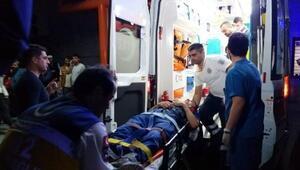 Kazaya giden askerler kaza yaptı: 4 asker yaralandı