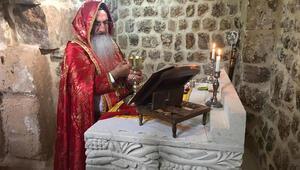 Bin 500 yıllık kilisede 60 yıl sonra ilk ayin yapıldı