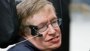 Hawking: Trumpın seçilmesi bilim insanlarına küresel bir isyan