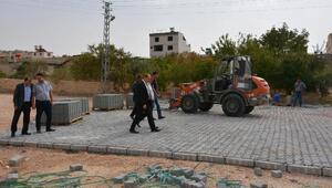 Başkan Kılıç, kilit taşı çalışmalarını inceledi