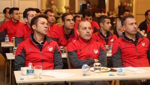 Süper Lig hakemlerine ara seminer düzenlendi